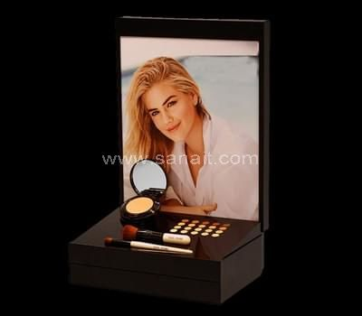 Blusher display stand