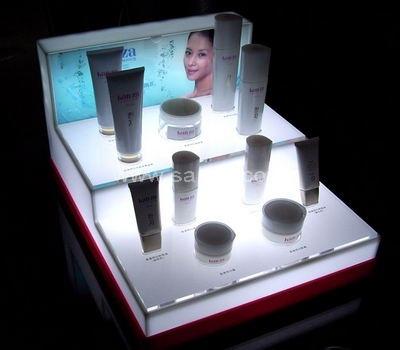 LED light makeup display