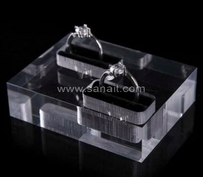 Acrylic ring display block