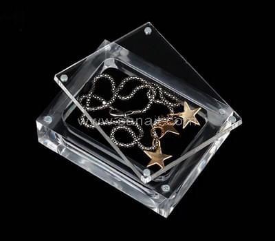 SAAB-068-1 Acrylic jewelry display box