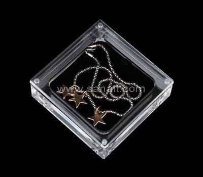 SAAB-068-2 Acrylic jewelry display box
