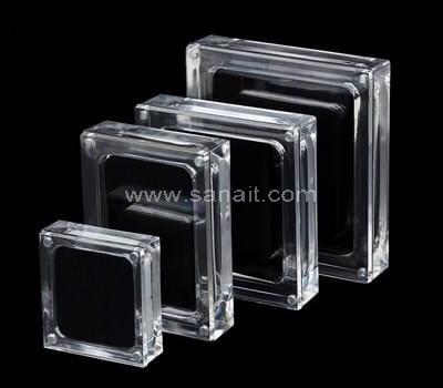 SAAB-068-3 Acrylic jewelry display box