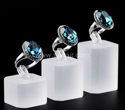 Custom ring stand