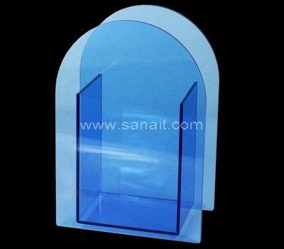 Acrylic planter box