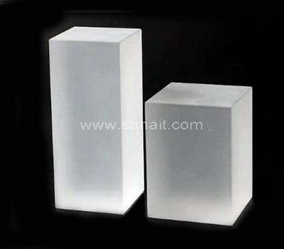 Acrylic block risers